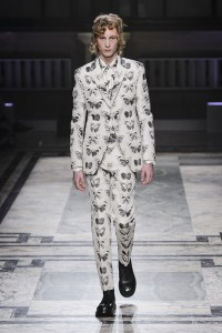 London Man Fashion Week Autumn Winter 2016-2017 Alexander McQueen