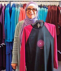Aheda Zanetti es la disenadora libanesa que reside en Australia, esta logrando un suceso con su 'burkini'